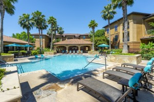 Three Bedroom Apartments for Rent in Northwest Houston, TX -Pool Area & Clubhouse (2)